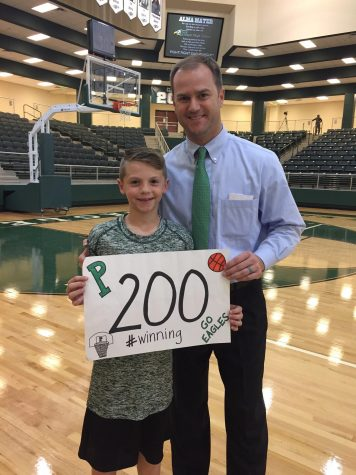 Davis leads Prosper past Lone Star in season opener for Ellis' 200th win