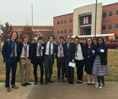7 state finalists from DECA competition
