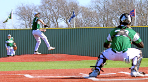 Baseball starts district season with nine straight wins