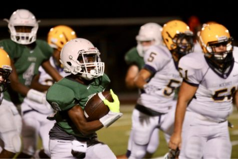 Longview defeats football 63-17 in second playoff round