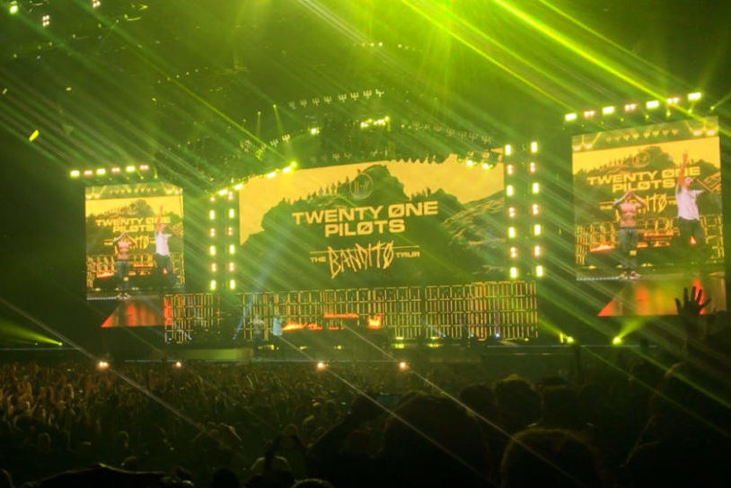 Twenty One Pilots performed at the American Airlines Center Nov. 7. The duo had a packed setlist filled with both old and new songs. Following the last song of the night