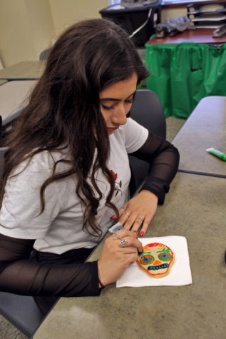 Students, teachers celebrate </br>their heritage </br>through &#8216;Day of the Dead&#8217;