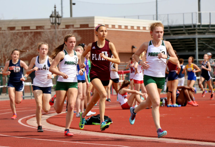 Aubrey+O%27Connell+leads+a+stream+of+opposing+runners.+One+of+the+those+is+Madison+Christy%2C+O%27Connell%27s+senior+teammate.+Prosper+hosted+the+20th+Annual+Dan+Christie+Relays+Friday%2C+March+8.