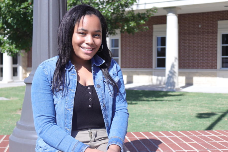 Freshman Kimora Evans takes a minute to talk about fostering a cat for a soldier friend while he is stationed overseas. Evans created an Instagram account for the cat so that the pet's original owner can stay in touch.