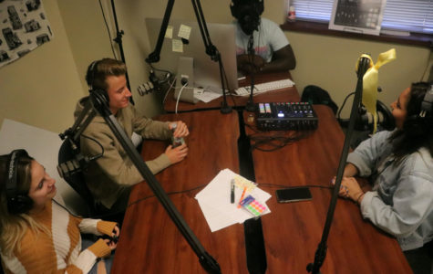 Aaron Boateng invites seniors Ana Arredondo, Ryan Stanley, and Kennedy Wyles onto an episode of