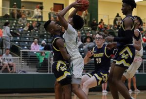 Senior night honors 7 basketball players