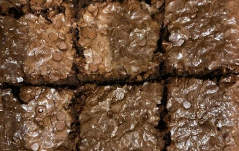 Family bakes to stave off boredom during their self-quarantine