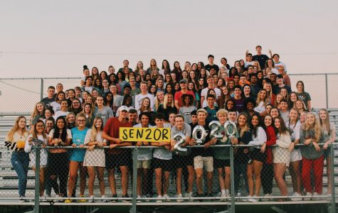 The class of 2020 poses together for a picture after Senior Sunrise on August 16, 2019. Governor Abbott announced today, April 17, schools will remain closed through the end of the school year. Senior editor-in-chief Ana Arredondo reflects on the news in the attached column.