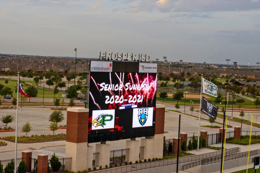 The+endzone+screen+at+the+PISD+Children%27s+Health+Stadium+displays+a+sign+celebrating+the+annual+senior+sunrise+event.+Seniors+gathered+early+in+the+morning+on+Aug.+11+to+watch+the+sunrise+and+start+of+the+school+year.+%22Senior+sunrise+was+a+fun+thing+to+go+to+before+school+started%2C%22+senior+Lauren+Haullauer+said.+%22I+got+to+see+all+my+friends%2C+and+it+was+a+great+way+to+end+the+summer.%22+