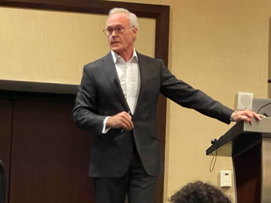 Giving his keynote speech Saturday, Oct. 16, Scott Pelley speaks to student journalists and their advisers from schools across Texas. Pelley attended the Texas Association of Journalism Educators Annual Convention in San Antonio, Texas, from Oct. 16-18. Pelley is a 60 Minutes correspondant, and is currently in his 17th season with the show.